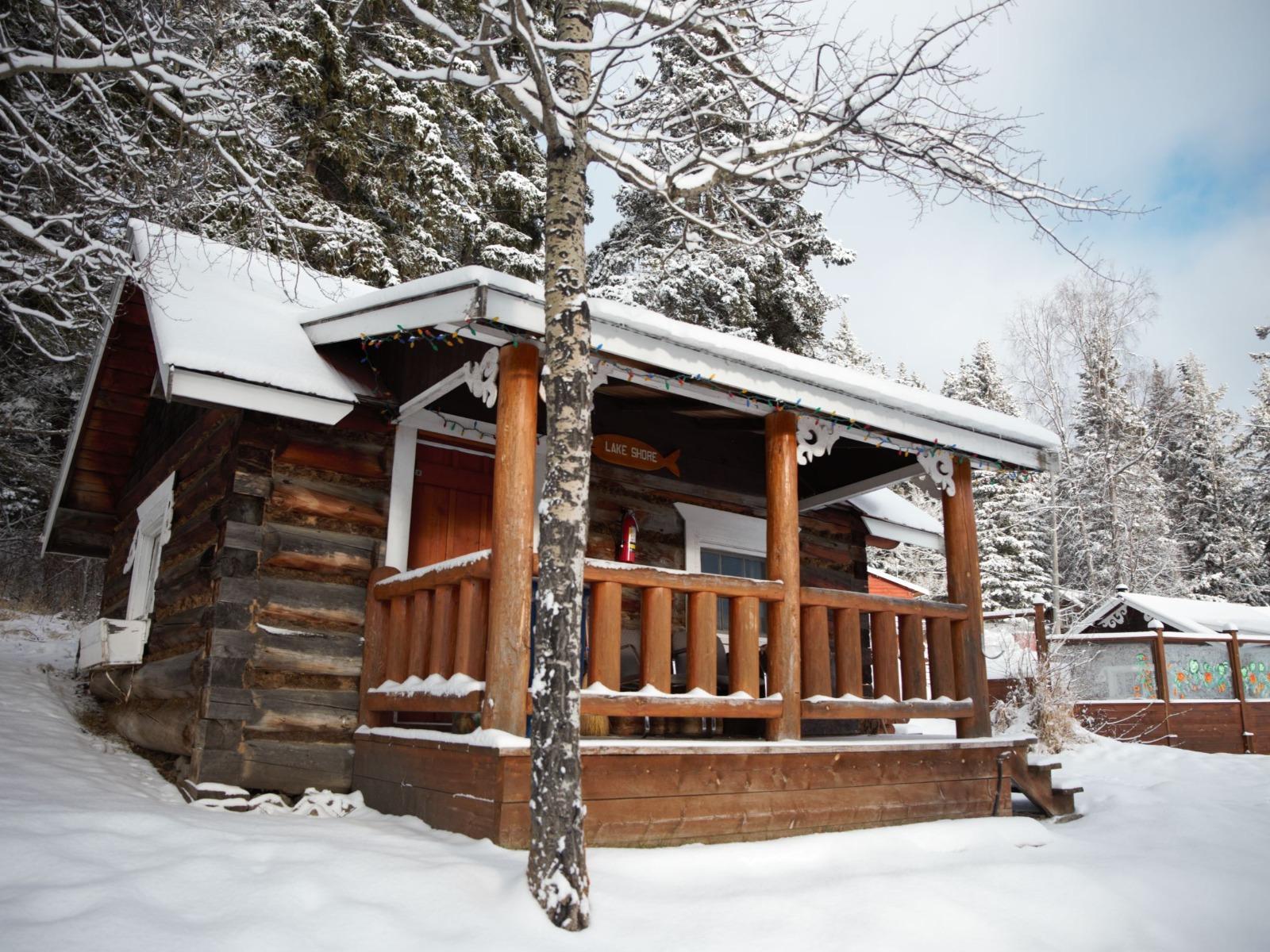 Knouff Lake Wilderness Resort